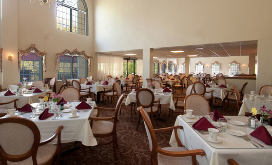 Greenwich_Farms_Warwick_dining